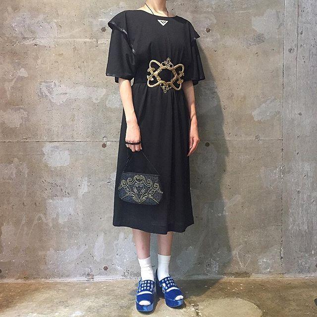 toga_xtc on Instagram pinned by myThings 葬式みたいなシケたツラしてる時にはデスメタルを取り込み、気分を上げていきましょう。  ドレープドレス メタルバックルベルト ビーズ刺繍バッグ necklace,shoes / TOGA #toga_xtc