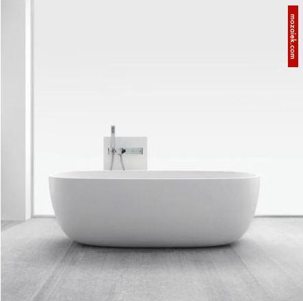 Mooi vrijstaand bad monolith aaibaar zacht mozaiek utrecht badkamer - Toilet ontwerp deco ...