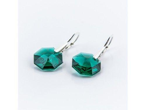 KOLCZYKI SWAROVSKI OCTAGON 14MM EMERALD SREBRO 925 - KL2169 Materiał: Srebro 925 + kryształ Swarovski Elements Kolor: Emerald Rozmiar kamienia: 1,4cm Wysokość kolczyka: 3,0cm Waga srebra: 1,33g ( 1 para ) Waga kolczyków z kamieniami: 4,45g