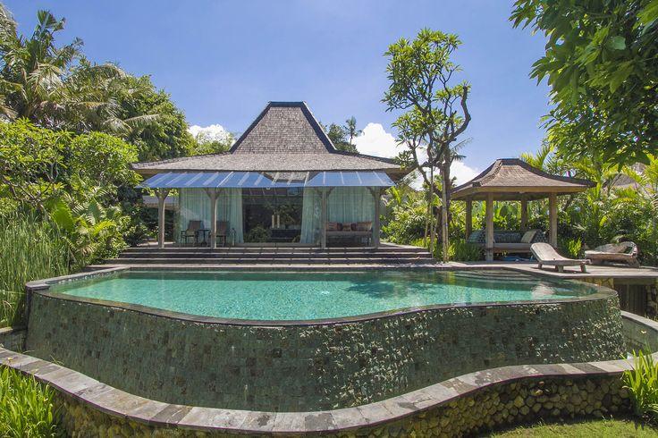 Villa Hansa | 7 bedroom villa | Canggu, Bali #garden #exterior #villa #canggu #bali #holiday #vacation