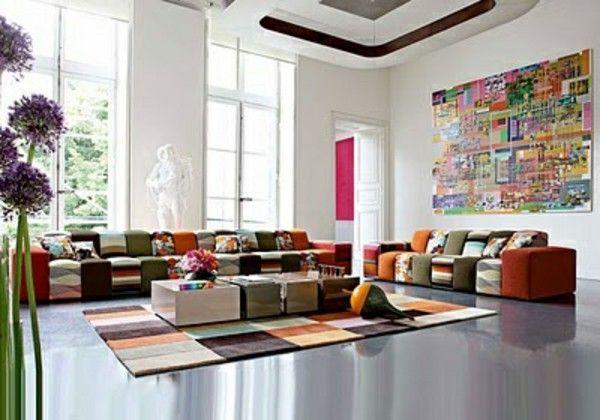 Modern Dalam Ruangan Dengan Desain Penuh Warna