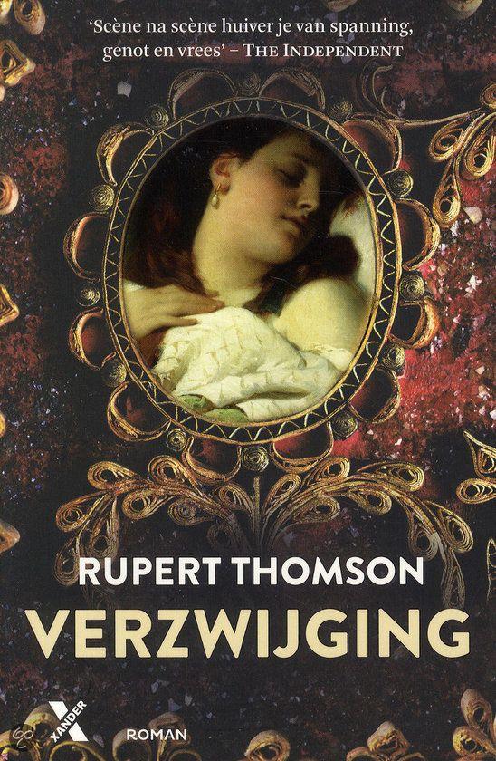 """Verzwijging: liefde en moord in Florence. Door Rupert Thomson.  """"Een liefdesverhaal in het donkere en duistere Florence van de 17e eeuw, een stad vol geheimen en verzwijging. Maar ook een stad die geobsedeerd is door kunst, verleiding en macht."""" Lees meer op: http://www.italieuitgelicht.nl/verzwijging-liefde-en-moord-florence/"""