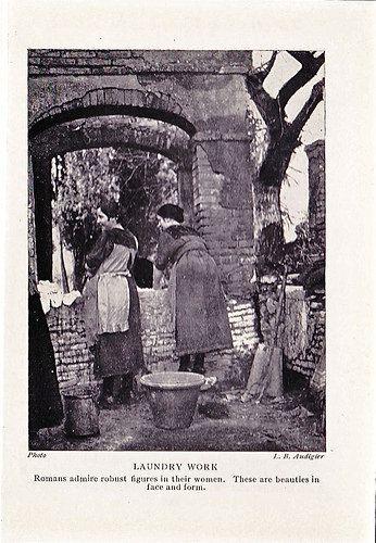 Italian Vintage Photographs ~ #Italy #Italian #vintage #photographs #history ~Lavandaie di Roma - Laundry work 1927