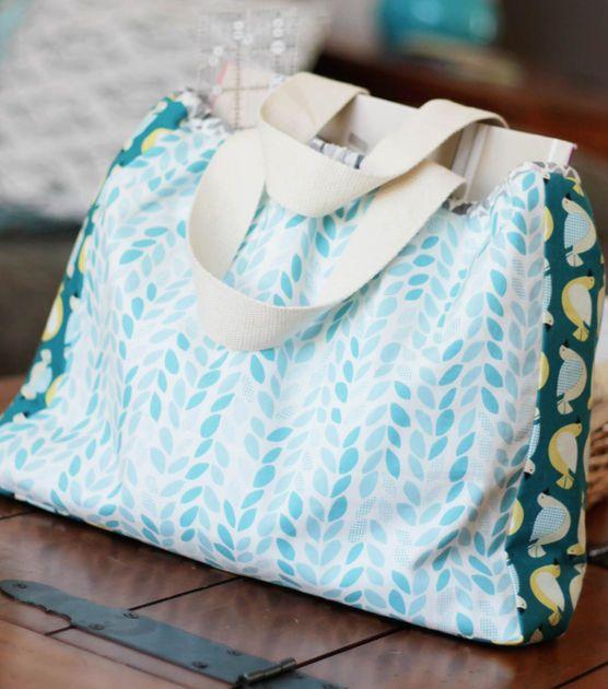 #DIY Fabric Tote #sewjoann #joannhandmadeCrafts Ideas, Free Pattern, Sewing Projects, Bags Sewing, Cloud9 Fabrics, Backyard Gardens, Gardens Bags, Sewing Tutorials, Backyards Gardens