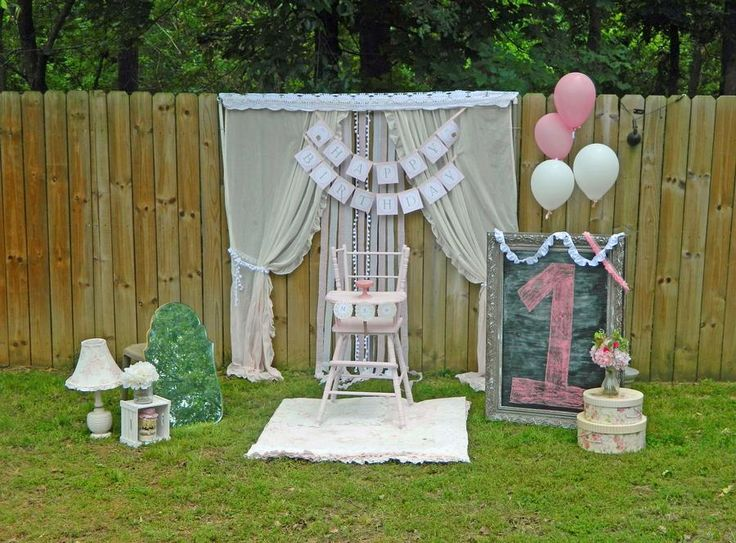 Backdrop for pics - girl's 1st birthday