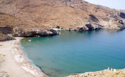 Παραλία Άγιος Ιωάννης (Κρεμμύδες) - andros-guide.gr
