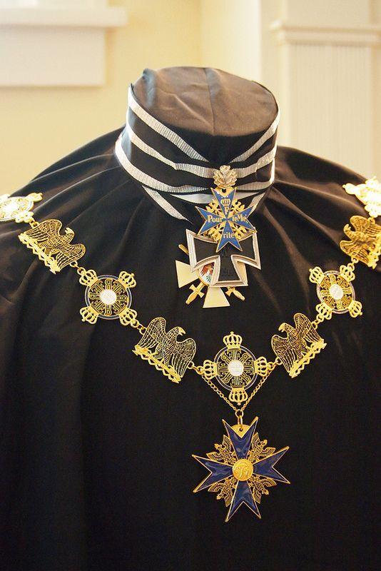 Pour le Merite, Gross Kreuz des Eisernes Kreuz, der Roter Adler Orden, und Schwarzer Adler Orden mit Kette.