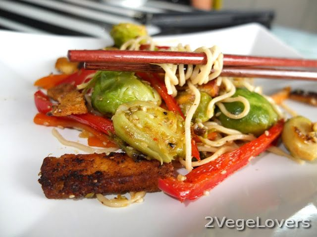 2 VegeLovers: NOODLES WITH BRUSSELS SPROUTS AND TOFU NUGGETS