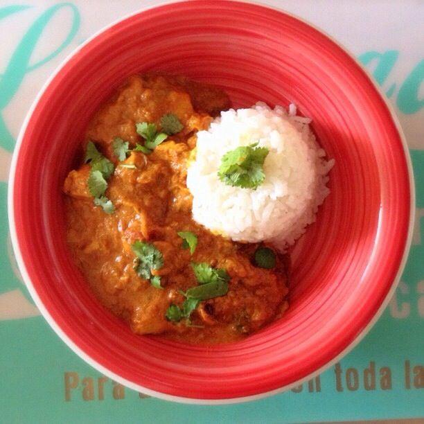 Versión hogareña de pollo tikka massala