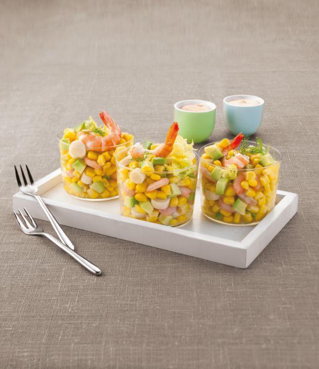 Vous cherchez une entrée fraîche et facile à préparer ? Notre #recette salade avocat-crevette est faite pour vous. Source : Relaxnews.
