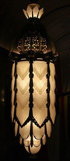 Art Deco lamp als een juweel / a lamp like a jewel!