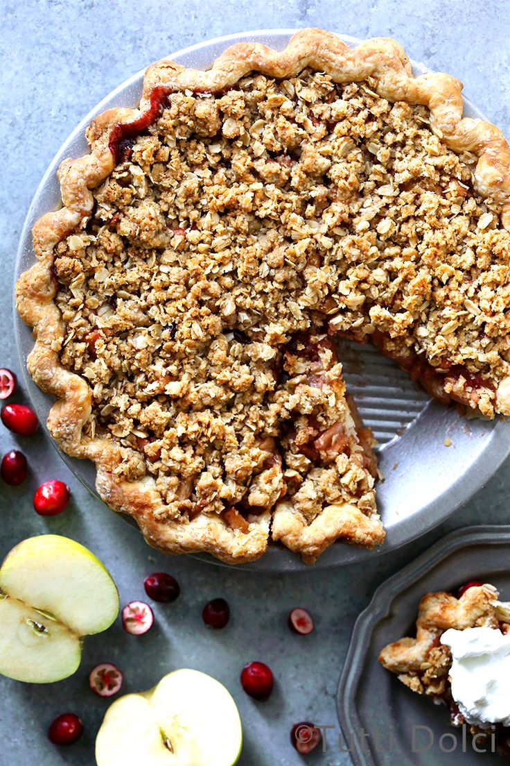 Apple Cranberry Crumble Pie from @tuttidolci