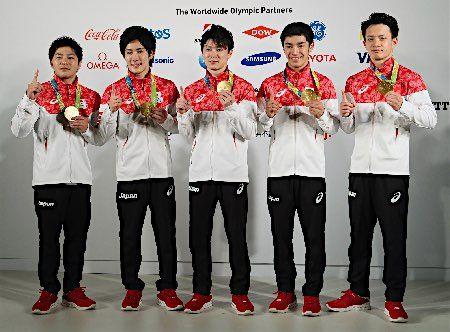 記者会見する内村ら :フォトニュース - リオ五輪・パラリンピック 2016:時事ドットコム