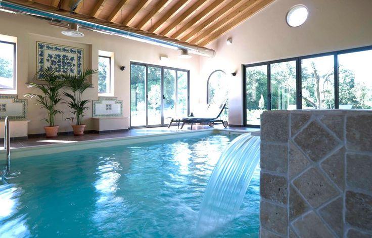 Indoorpool in der Toskana: Montebelli Country, Caldana, Italien | Escapio
