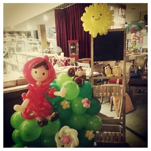 16 best balloons storybook images on pinterest balloon for Balloon decoration book