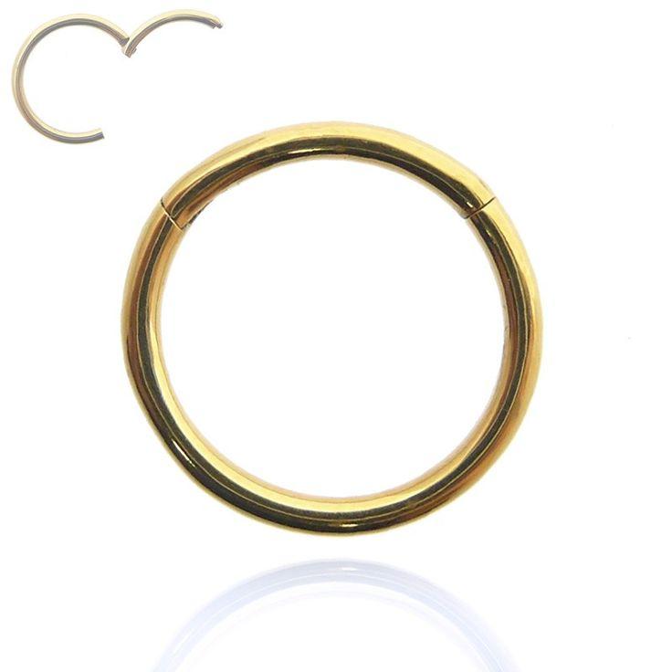 Piercing anneau segment en plaqué or à ouverture facile.
