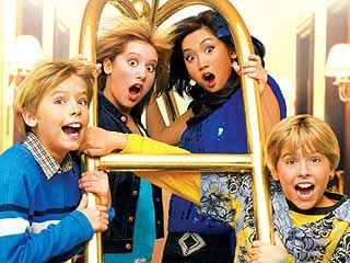 RIP the suite life of zack and cody. dylan & cole sprouse, ashley tisdale, brenda song.