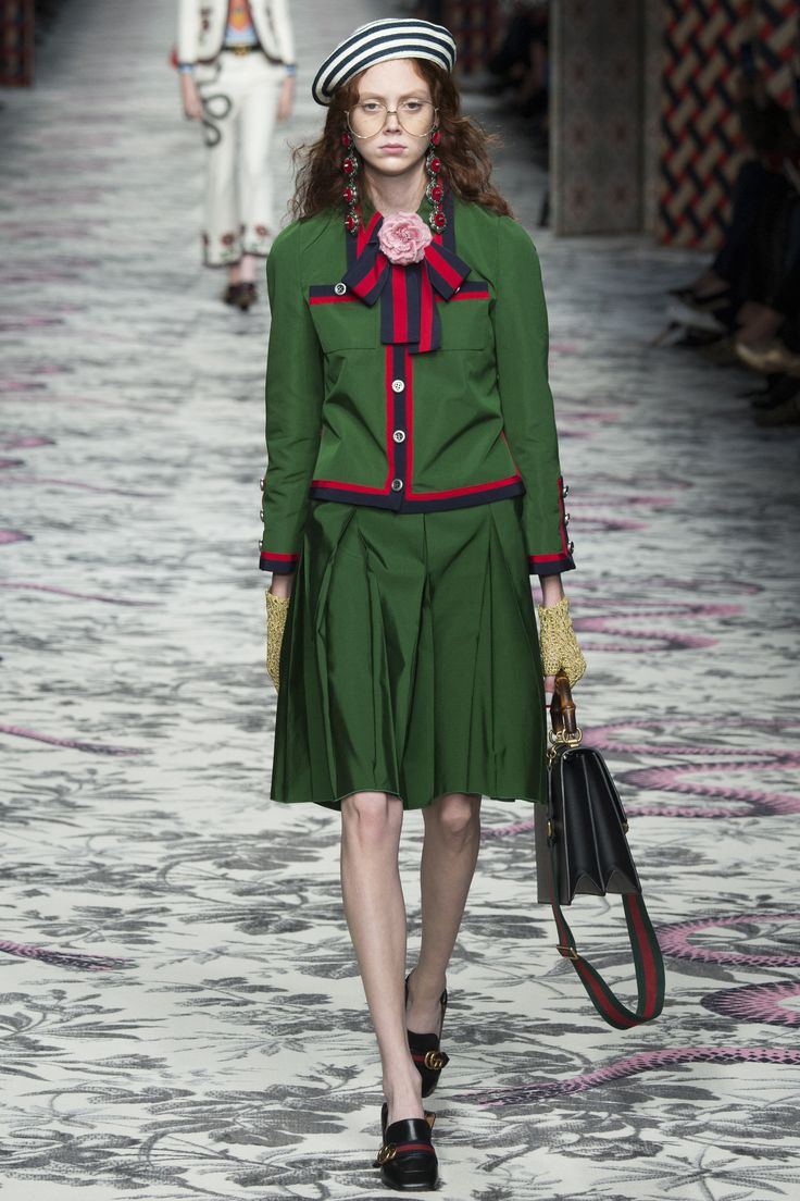 Gucci Spring 2016 Ready-to-Wear Fashion Show - Natalie Westling