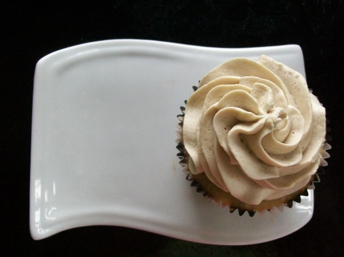 French Vanilla Cappuccino Cupcakes Recipe--from scratch!