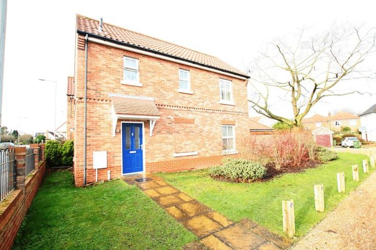 http://www.purenorthnorfolk.co.uk/property-to-let/property/5132013-baxter-close-fakenham  New to let today, close to Fakenham town centre.