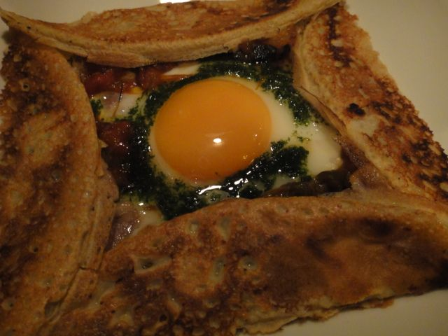 2013/07/11f ≪仏蘭西家庭料理アッシュ@武蔵小山≫自家製ベーコンとラタトゥイユ、卵のそば粉のガレット