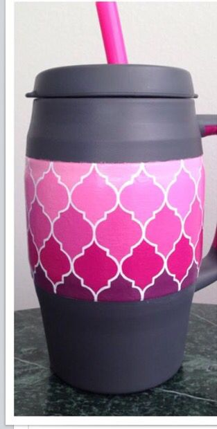 Super cute bubba keg with pink ombré quatrefoils