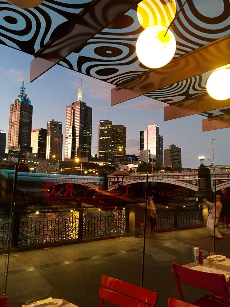 Gorgeous evening in Melbourne.. Over looking the Yarra from the Concert Hall Photo taken by Andrea Crossan