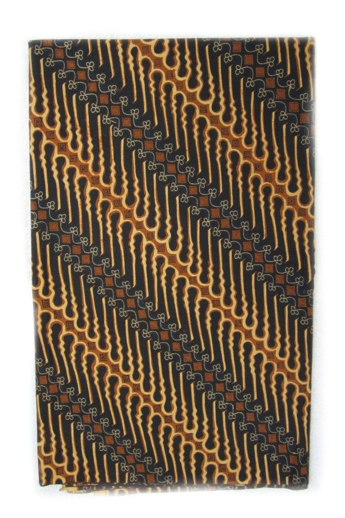 Detailed Diagonal #Batik from Solo, Indonesia - Textiil - Modern Global Decor & Artisan #Textiles