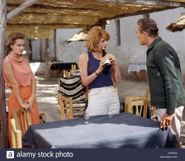 Download this stock image: Romy Schneider, Melina Mercouri and Peter Finch / 10:30 P.M. Summer / 1966 directed by Jules Dassin - F4PEKN from Alamy's library of millions of high resolution stock photos, illustrations and vectors.