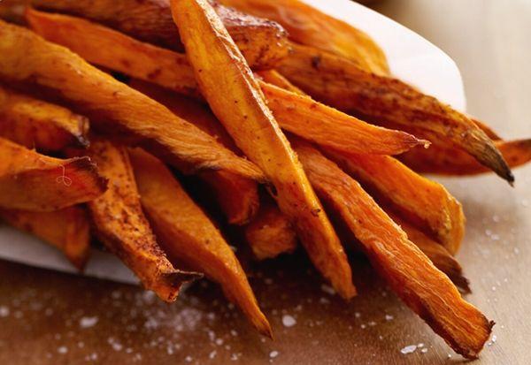 Cinnamon Pear Balsamic Roasted Sweet Potatoes