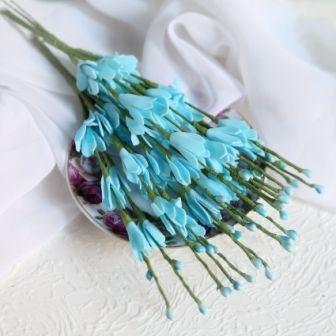 Декоративные веточки с листочками голубого цвета из фоама