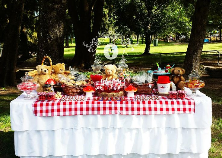 Teddy Bears Picnic Buffet By Platinum Invitations & Candy Buffets