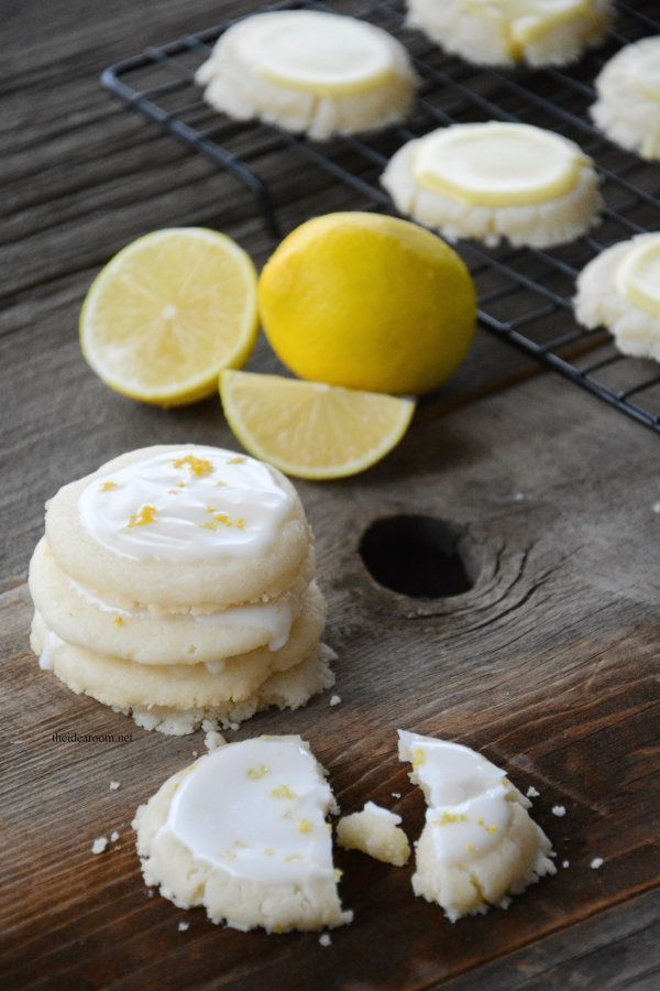 Lemon Meltaway Cookies | Sink your teeth into the sweet citrus flavor of these crumbly cookies this spring. They're a delicious dessert recipe you'll want in your arsenal.
