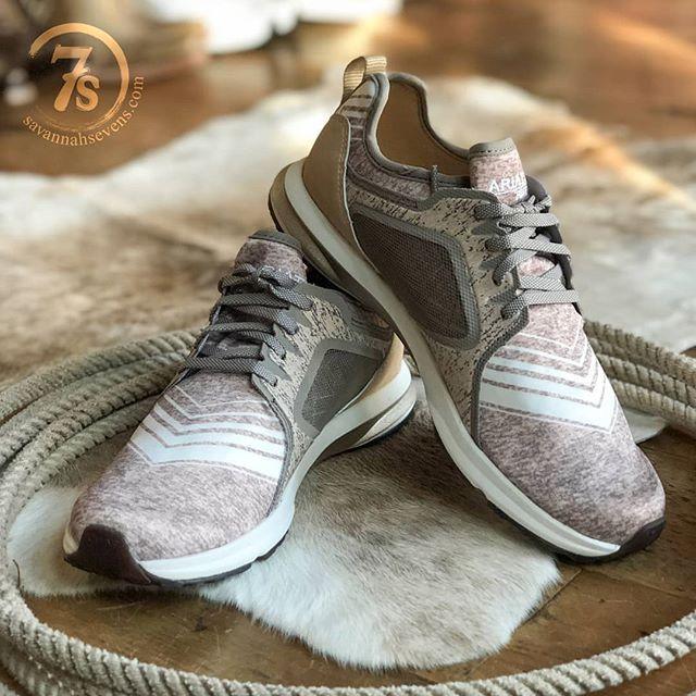 Girls tennis shoes, Tennis shoe