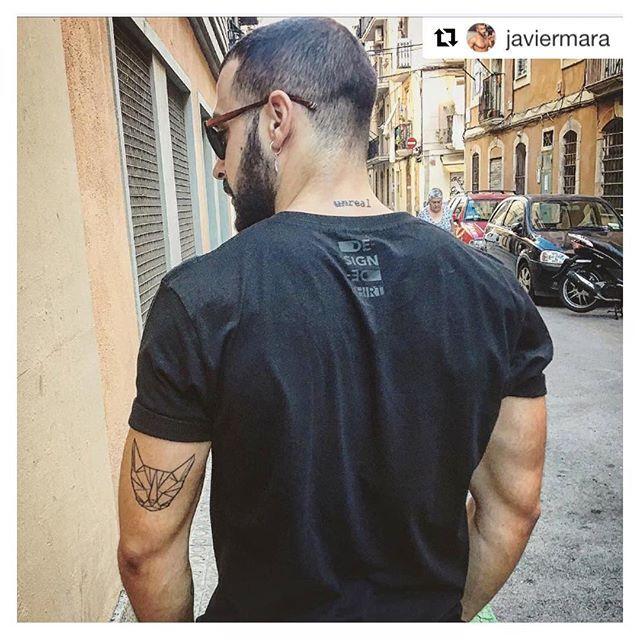 #mensfashion #catorigami #dshirt #animalorigami #origami #gatto #cat #etsyshop #gattone #micio #etsy#urbanfashion #urbanwear #mensfashion #menswear#fashionblogger #outfitoftheday #urbanlife #trendy#menstyle #streetsyle #fashionstyle #designedshirt #de_sign_ed_shirt #miao #logo #newlogo #newlogodesign