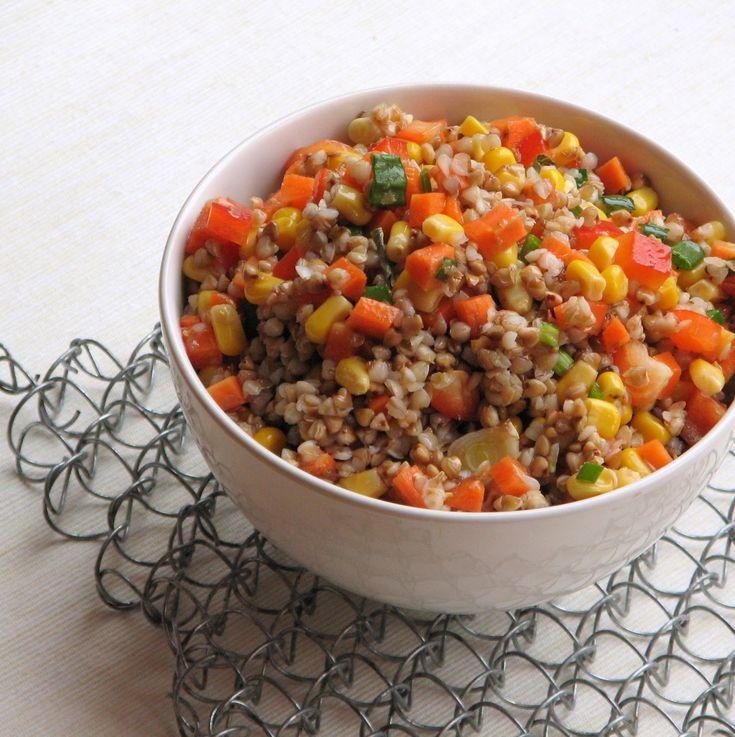caiet cu retete: Salata cu hrisca si cruditati