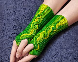 The Comet mitts by Tanja Osswald is a great pattern for Yummy Toes. Super fun!