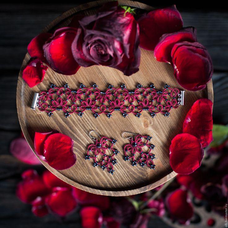 """Купить Комплект """"Брусничный"""" - бордовый, фриволите, серьги, браслет, кружевные серьги, кружево фриволите"""