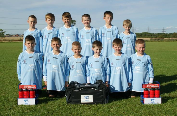 The Rainhill United U11s Rangers Squad Photo showing their HPT sponsored Away Kit.