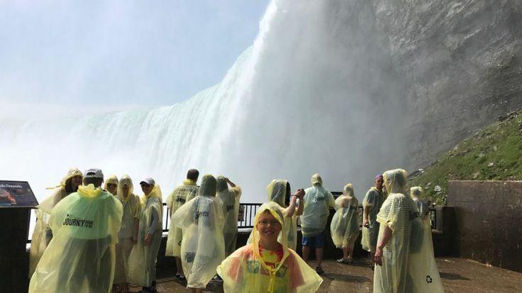 behind the falls niagara falls