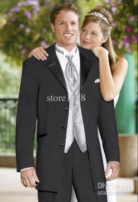 Купить товарОптовая продажа   три пуговицы черный жених смокинги нотч жениха мужчины свадебный костюм ( куртка + брюки + галстук + жилет ) M414 в категории Костюмы для женихана AliExpress.                                                                                       Добро пожаловать в мой магазин