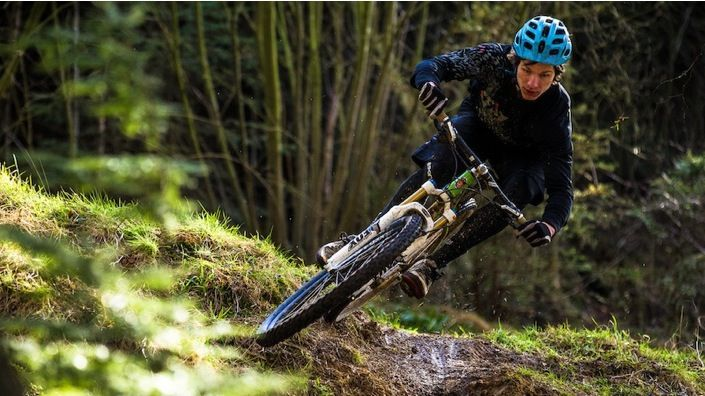 Want some tips on what to look for in a $3000 MTB? http://roa.rs/16lO6o2 #MTB