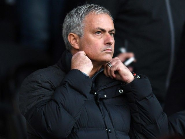 Jose Mourinho 'given green light by Manchester United to spend big in January'