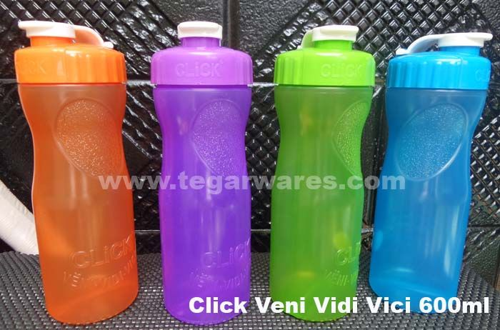 Click Veni Vidi Vici 600ml Bottles of drinking bottles with four colors, ideal for those who are looking for a birthday gift merchandise for school children with a low budget.