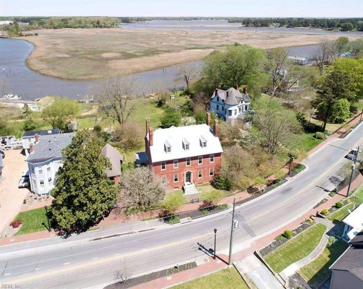 homes for sale in smithfield va on the water
