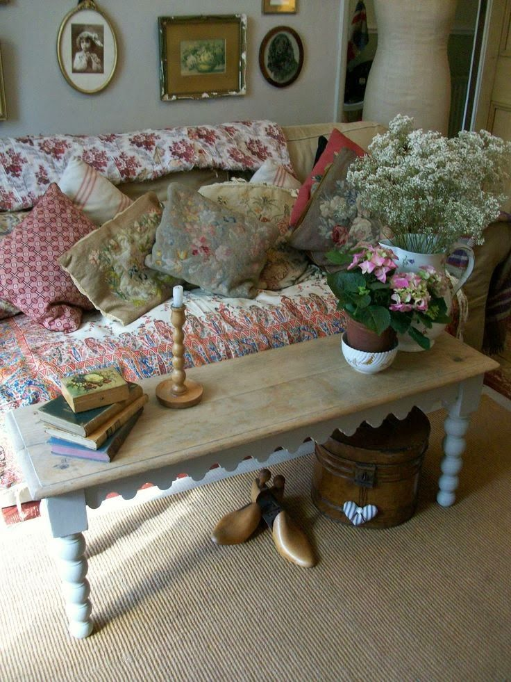 Best 25 English Cottage Decorating Ideas On Pinterest