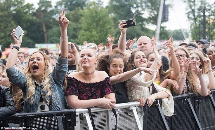 Musical Virgin V Festival 2017 in the UK, http://happybrainy.com/musical-virgin-v-festival-2017-uk/