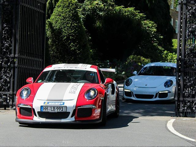 Sun makes the difference #Porsche #911 #GT3 #RS #Flat6 #Twins #Combo #Sun #Frankfurt #Germany #2016 #Amazingcars247 #Amazing_cars #Carswithoutlimits #Cargram #Car #Carinstagram #Carporn #Blacklist #Instapic #Instacar #Lifestyle #Luxury #Exotic #Speed #Race #Racecar #Supercar #Carbon #Itswhitenoise