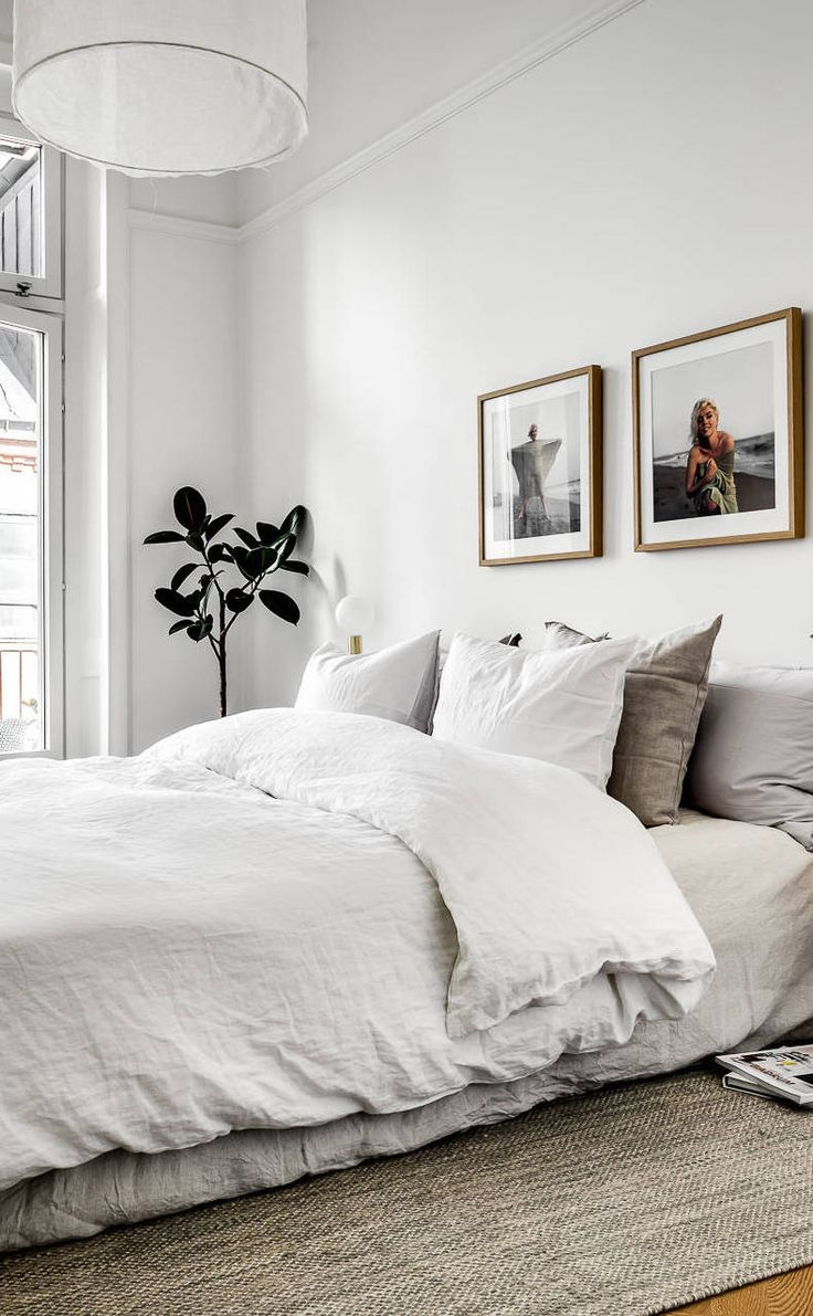 White bedding ideas - Classy Home With Natural Materials Via Coco Lapine Design