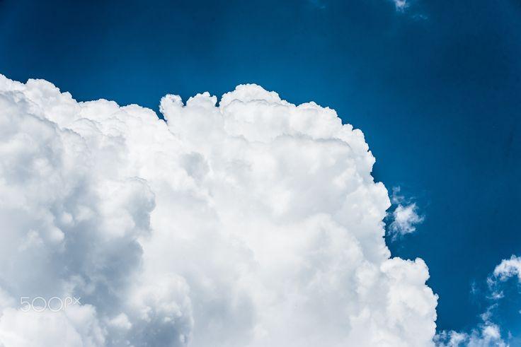 Above and beyond! - Foto: Ewald Gruescu   https://fb.com/ewald1991